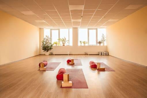 How to Open a Yoga Studio